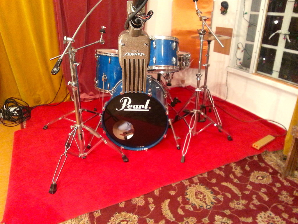 drum recording tannoy ribbon microphone